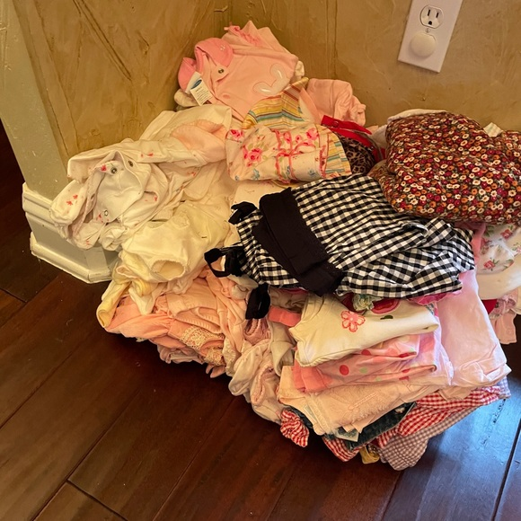 Bundle of Baby girl clothing NB-24M